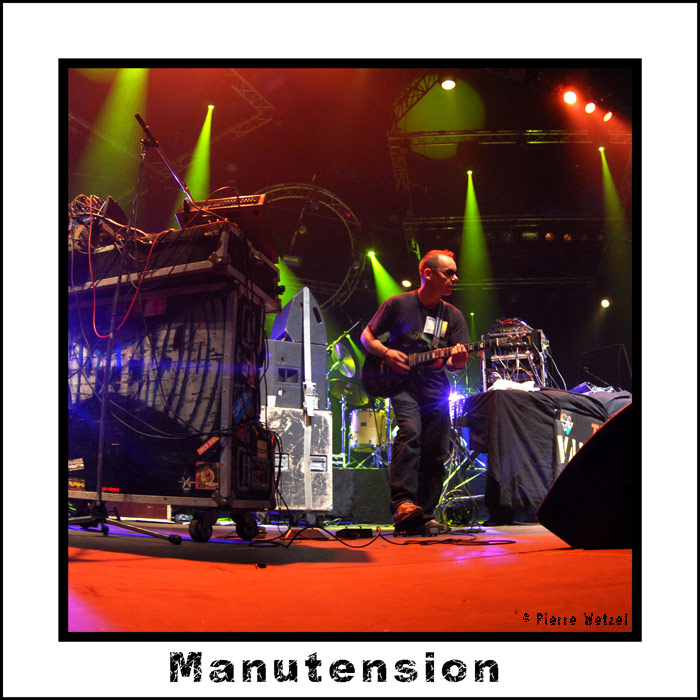 Manutension - Improvisators Dub with Iration Steppas